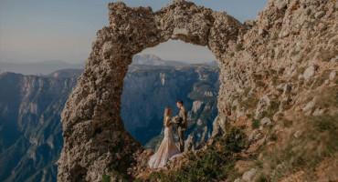 ŽELJKO I ALMA Ljubav i strast prema planinarenju u jednoj slici