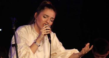 MOSTAR Mlade snage se kroz pjesmu prisjetile Zaima Imamovića