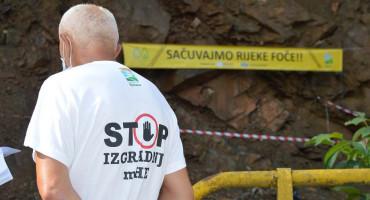 NE DAJU RIJEKE Stanovnici prosvjedovali protiv izgradnje mini hidroelektrana