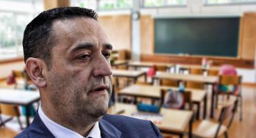 NEVJEROJATNO Hadžović ponosan, i misli da bi netko od njegova nošenja s krizom mogao nešto naučiti