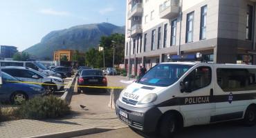 MOSTAR Muškarac smrtno stradao nakon pada sa zgrade