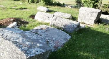 Stećci između Mostara i Širokog Brijega postali nacionalni spomenik
