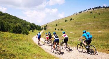 TURIZAM U Konjicu se možete zabaviti uz rafting, planinarenje, bike i jeep ture ....