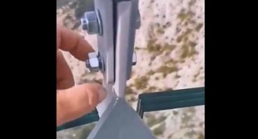 Širi se snimka, čovjek prstima odvijao vijak na Skywalku na Biokovu