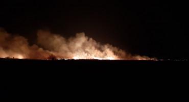 MOSTAR Veliki požar zaprijetio industrijskoj zoni
