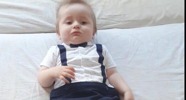 POMOZIMO MALOM MOSTARCU Maleni Jasmin ne može puzati ni sjediti, svakodnevno ima epileptične napade