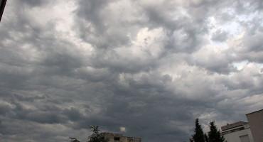 VRIJEME Novi tjedan donosi oblake i kišu