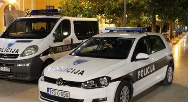 SVESTRAN MOMAK Trebinjac po Mostaru prodavao drogu, trgao lančiće i provaljivao u kuće