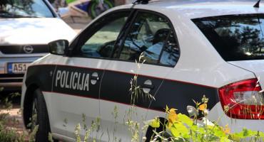 MOSTAR U sudaru tri vozila jedna osoba teško, a tri osobe lakše ozlijeđene
