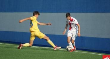 TONI KAO BAKA Mladi nogometaš Zrinjskog golove postiže iz kornera