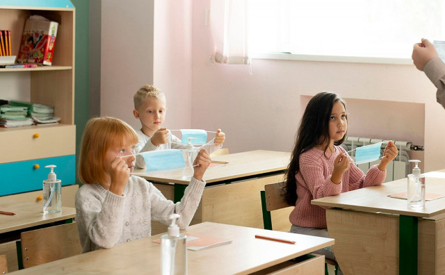 """OŠ NA BIJELOM BRIJEGU Dva razreda """"out"""", čeka se rezultat PCR testa dvoje učenika"""