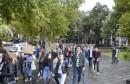 """STUDENTSKI PROSVJEDI U MOSTARU Rektoru pjevali """"Izađi mala"""""""