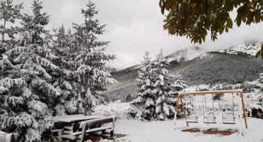 PAHULJE U LISTOPADU Snježna idila na Blidinju