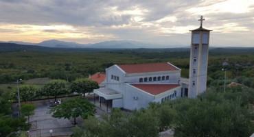 Opljačkana Župna crkva Presvetog trojstva u Buhovu