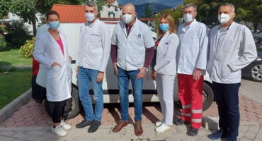 """""""KORONA VOJSKA"""" DOMA ZDRAVLJA MOSTAR Uzeli gotovo 8000 briseva, prevozili oboljele, vršili dezinfekcije, obučavali kolege"""
