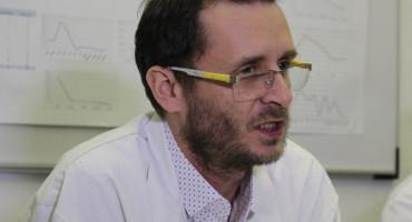 Doktor Erdin Alajbegović dobio otkaz zbog stavova o koronavirusu