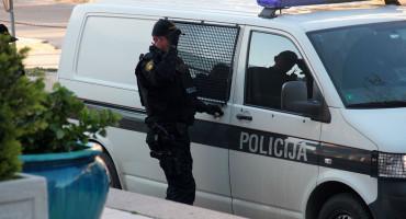 100 000 KM Uhićena trojica: Davali lažne dojave o namještenim utakmicama
