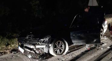 PROMETNA NESREĆA U MILJKOVIĆIMA Sudar Mercedesa i Golfa blokirao promet iz Mostara za Čitluk