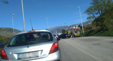 KAOTIČNO KRIŽANJE Gužve, prometne nezgode i nesavjesni vozači