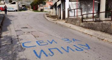 U Trebinju i ulice služe kao predizborni oglasni prostor