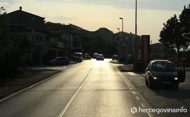 POLICIJA TRAGA ZA NJIM Muškarac koji je sudjelovao u tučnjavi u Neumu je u bijegu