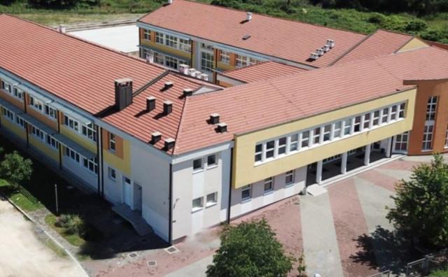 DOBILI UPUTE EPIDEMIOLOGA Srednja škola u Čitluku uputila obavijest roditeljima