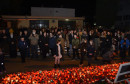 Mostarci uz molitvu i svijeće odali počast gradu Heroju, na Humu upaljeno 29 bengalki