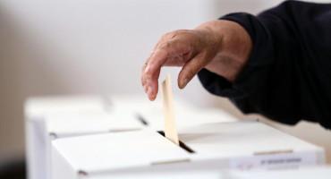 GLASOVANJE U INOZEMSTVU Ako ne možete poštom, glasujte u veleposlanstvima i konzulatima