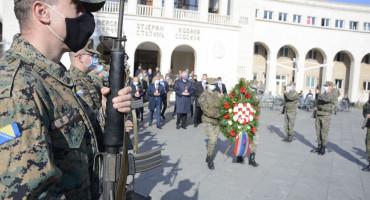Danas 29 rođendan Herceg Bosne, nema veze, vijence smo stavili u petak