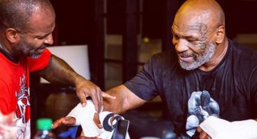 BOKSAČKI SPEKTAKL Mike Tyson vraća se u ring