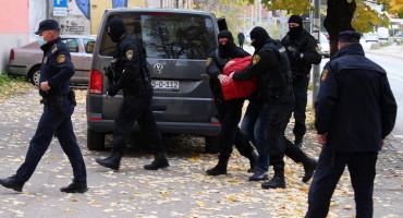ZATRAŽEN PRITVOR ZA OSMORKU Predmet istrage i pucnjava na Musali te bomba u Kalhanskoj