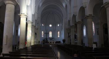 HRVATSKA Posebna pravila za Badnjak i Božić u crkvama