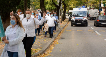 Zdravstveni djelatnici u petak ponovno izlaze na ulice, najavljuju i generalni štrajk