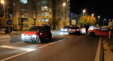 MOSTAR Sudar Opela i Fiata, Opel završio u kanalu
