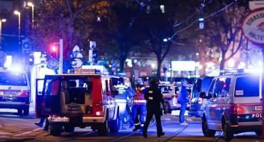 Teroristički napad u Beču imao je islamistički motiv, pretražena kuća jednog od napadača