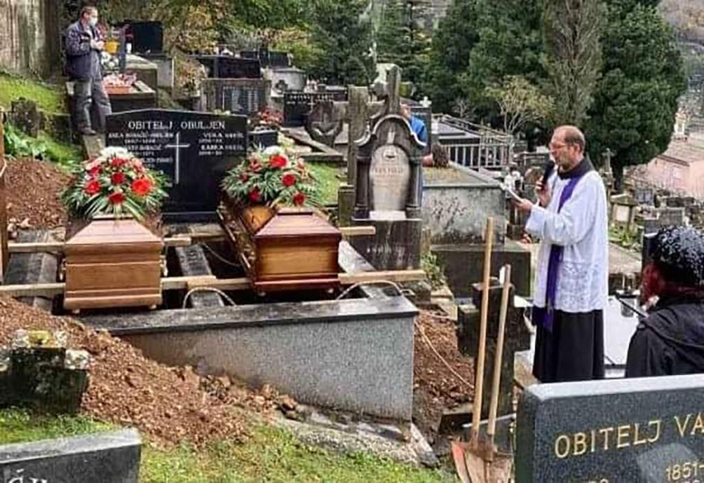 MOSTAR Pokopane sestre Grešl
