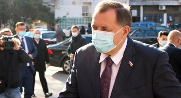 Milorad Dodik izlazi iz bolnice, danas će podijeliti svoja iskustva