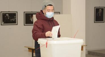 NAREDBA Evo za koja će se biračka mjesta u Mostaru ponovno brojati izborni listići