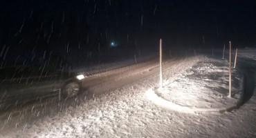 Snijeg u prosincu (opet) iznenadio cestarske službe
