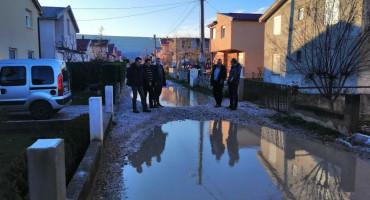 MOSTAR MOJ DOM U Ortiješu i Žitomislićima 70 hrvatskih kuća prazno, a HDZ mještane za asfalt ucjenjuje glasovima