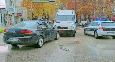 MOSTAR Sudar dva vozila i gužve u prometu