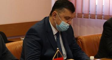 Zoran Tegeltija donio Odluku o smjeni ministra obrane BiH Sifeta Podžića