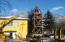Srušen drveni crkveni zvonik u Drvaru