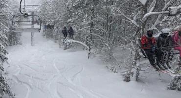 SNJEŽNA IDILA NA BLIDINJU Zimska sezona u punom jeku