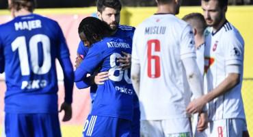 PRIJATELJSKA UTAKMICA Mađari napali Dinamovce, Bruno Petković uhvatio za vrat protivničkog igrača