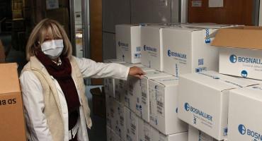 DONACIJA Mostarska bolnica dobila rukavice, maske, odijela ...