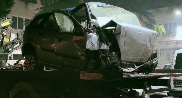 MOSTAR U prometnoj nesreći poginuo mladić
