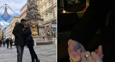 SAMO LJUBAV Dinamov Hercegovac zaprosio djevojku