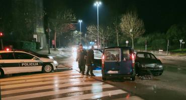 MOSTAR Ozlijeđena jedna osoba u sudaru dva automobila