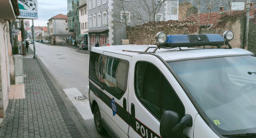 MOSTARSKO PARKIRANJE Pojačano kažnjavanje prekršitelja za pogrešno parkiranje, aktivan i pauk